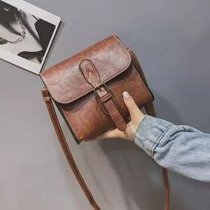small foux leather Crossbody bag